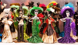 Papier-mâché Catrinas, traditional figures for day of the dead celebrations in Mexico
